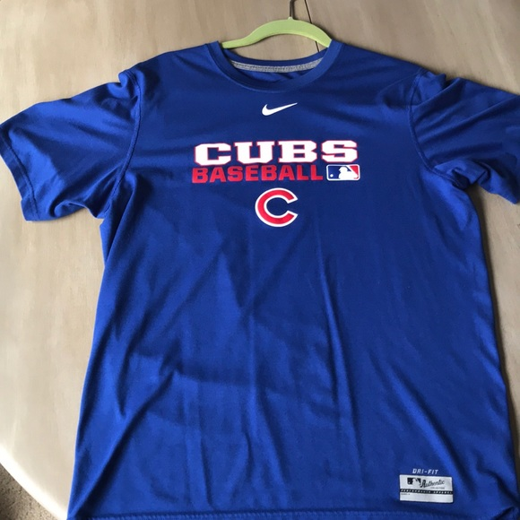 reputable site 3bc66 9a688 Chicago Cubs Nike Dri-Fit T shirt